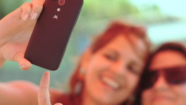 Frauen machen Selfie