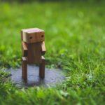 Kleine Roboter-Figur